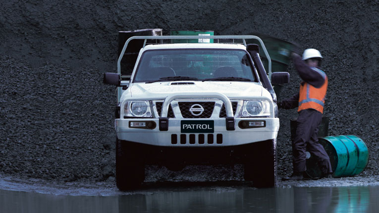 Nissan Patrol GR Y61 Safari Pick Up