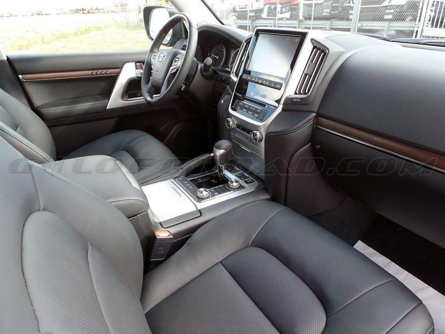 Toyota LandCruiser 200 VX 4.7 V8 Petrol